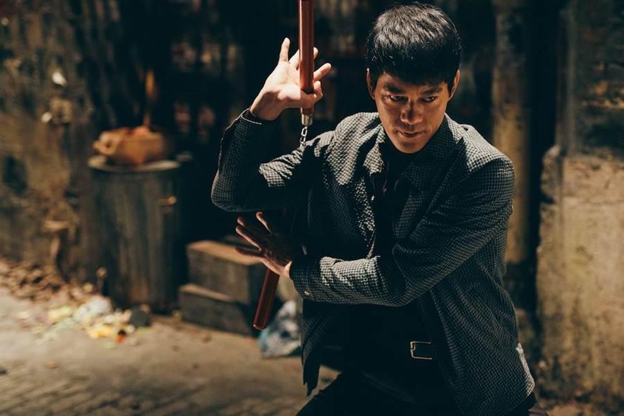 陳國坤神似李小龍,在《葉問4:完結篇》演出本尊。(華映娛樂提供)