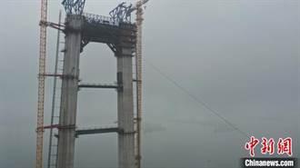 湖北宜昌伍家崗長江大橋邁入上部結構施工