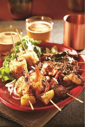 瓦城再創雙品牌 「月月泰式燒烤」、「1010湘食堂」遠百信義A13開賣