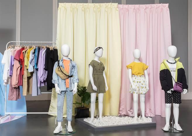 著重舒適好穿、活動方便並且適合任何場合的穿搭提案,GU將mini ME的流行元素融入明亮、簡約的時尚單品,以輕鬆活潑的造型,盡情展現孩子的朝氣活力。(圖/品牌提供)