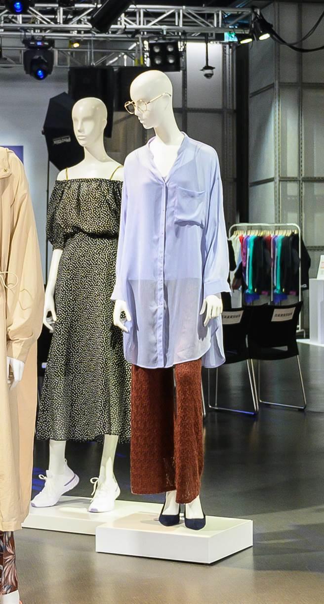在穿搭中加入帶有透明感的薄紗素材也是本季的重點,內搭bra-feel或細肩帶上衣,即可展現若隱若現的輕盈感造型。(圖/品牌提供)