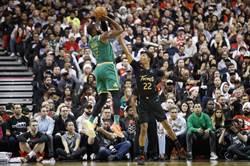 NBA》耶誕大戰登場!布朗助綠軍踢暴龍