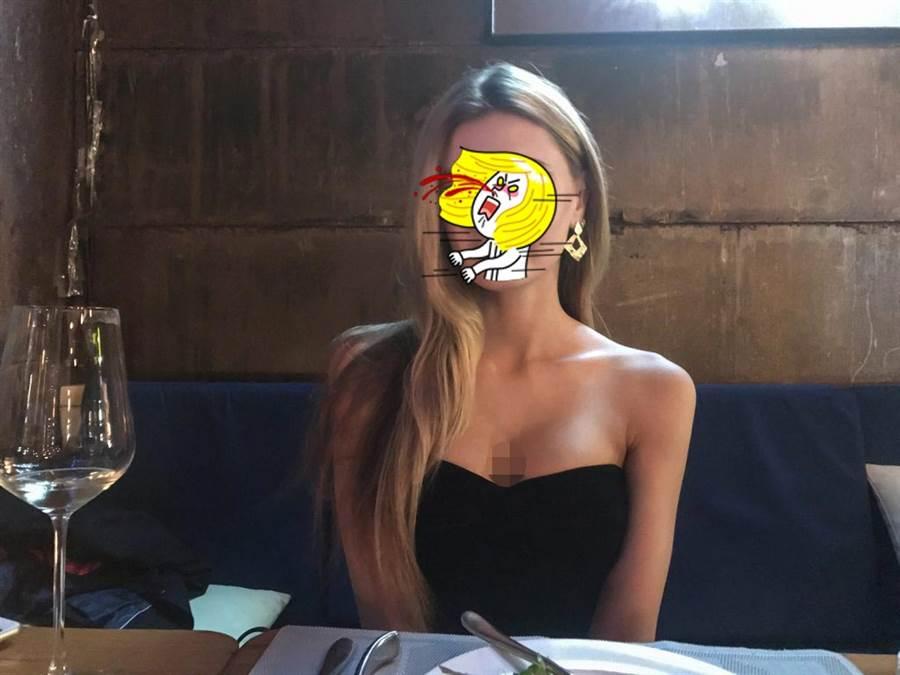 一名PTT網友秀出烏克蘭辣模前女友照片,讓眾鄉民只能羨慕下跪了。(照片來源:PTT)