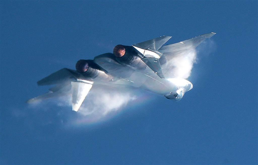 雖說什麼戰機都會有墜毀事故,但墜毀的時間點對其後續的發展有極重要的影響。(圖/塔斯社)
