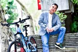 專訪/陳昇誤碾水管粗大蛇 慘遭水管絆倒「現世報」