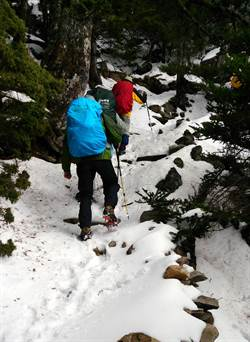雪季期間 玉山主峰線不能單攻