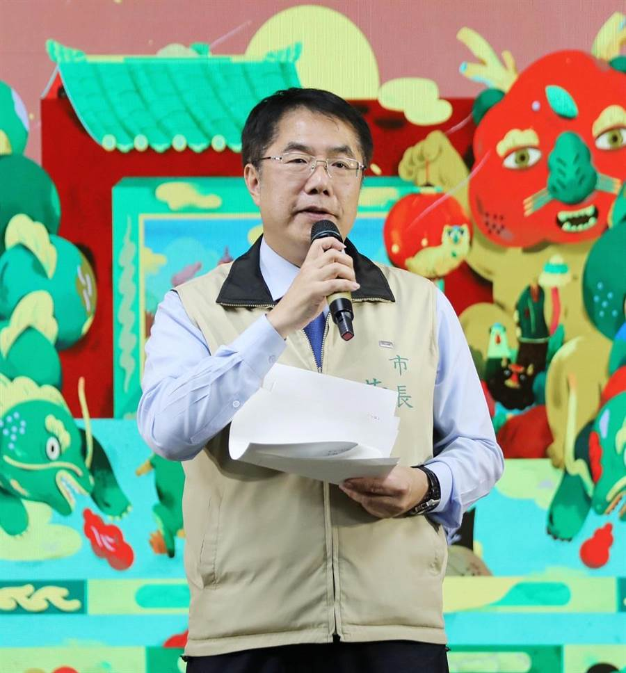 台南市長黃偉哲澄清自己嚴守行政中立,沒有下令動員的事。(曹婷婷攝)