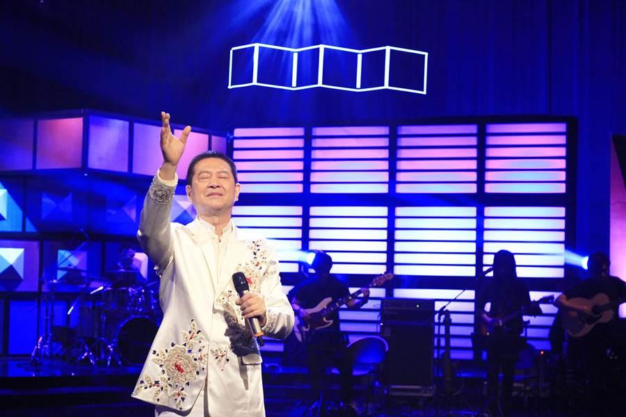 蔡小虎出道28年〈春夏秋冬〉就唱了26年。(公視提供)