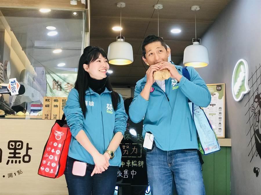 民進黨立委候選人高嘉瑜(左)、吳怡農(右)。(資料照片,張穎齊攝)