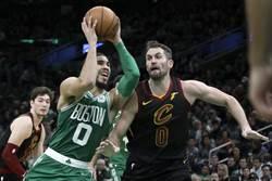NBA》綠軍5連勝!雙探花首次同破30