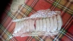 家中驚見大片蛇脫皮 網:這尾不小
