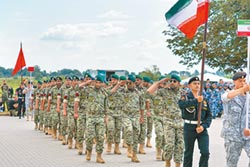 平衡外交 陸相繼與沙伊軍演