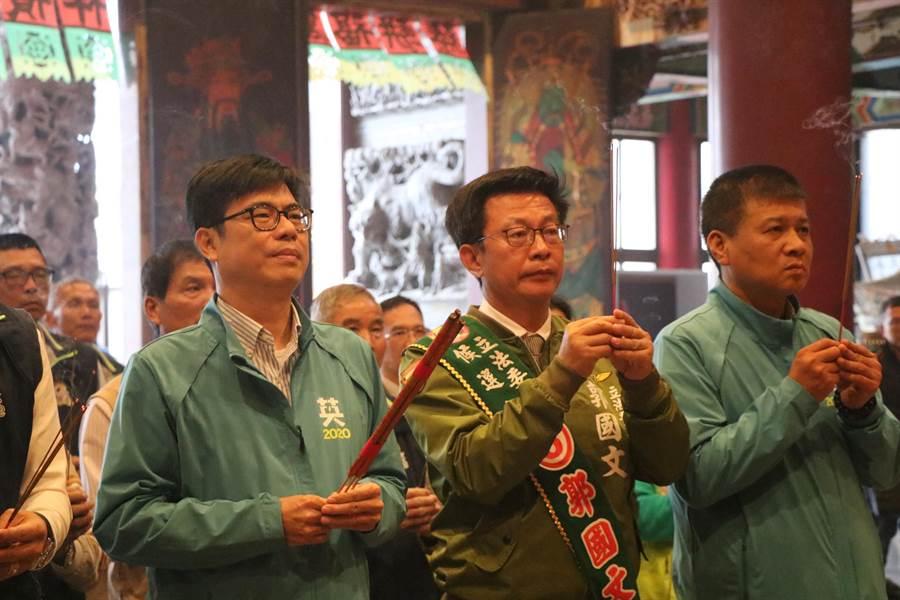 陳其邁被問到罷韓後是否會回高雄參加市長補選,他說談選舉還太遠。(莊曜聰攝)