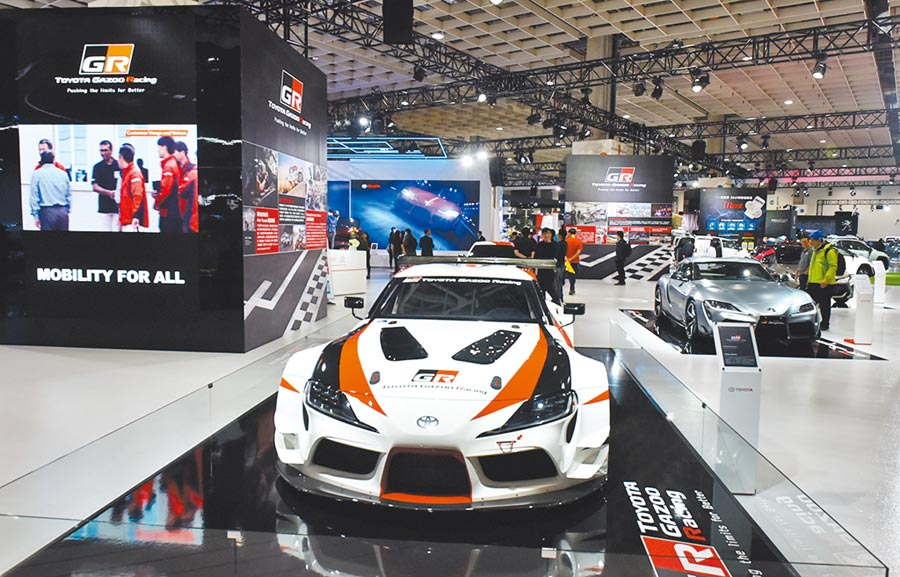 2020世界新車大展27日登場,各車廠全力推出各式新款車種,並透過展覽互相交流,提升產業視野。圖/顏謙隆
