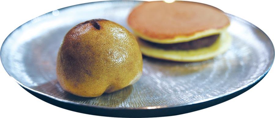 〈旭集〉的甜點種類多樣紛陳,圖為〈黑糖饅頭〉與〈銅鑼燒〉。圖/姚舜