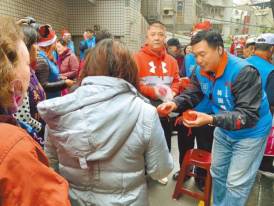 對民進黨議員的抹紅指控,林國春回嗆民進黨選舉沒品,不道德。(王揚傑攝)