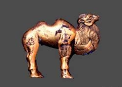 秦始皇陵園現大型陪葬墓 罕見單體金駱駝出土