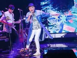 陳昇26次跨年嗨唱5小時 自備電動按摩槍提神!