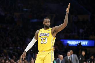 NBA》詹皇獲選AP近10年最佳男運動員