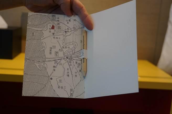 台北大直英迪格酒店許多設計帶有「文青風」,圖為介紹鄰里的地圖。(圖/姚舜)