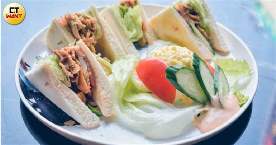 燻雞肉三明治(150元)(圖/張祐銘)