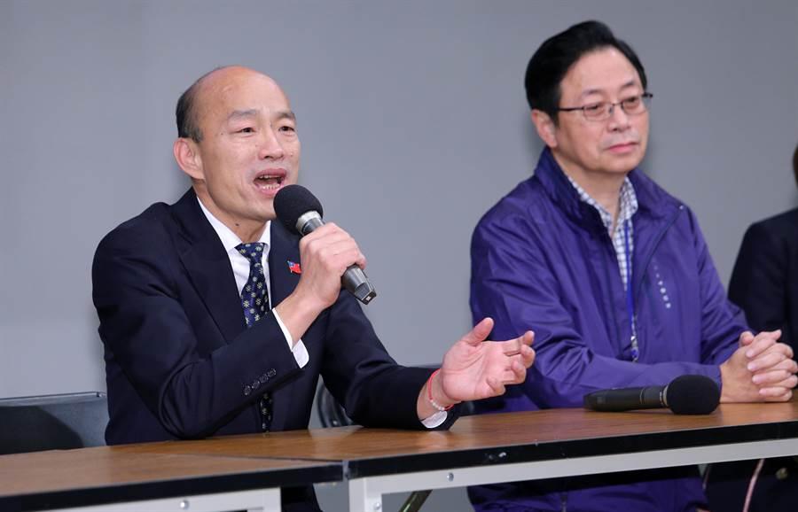 國民黨總統候選人韓國瑜(左)昨在辯論會中批特定媒體。右為國民黨副總統候選人張善政。(資料照,黃世麒攝)