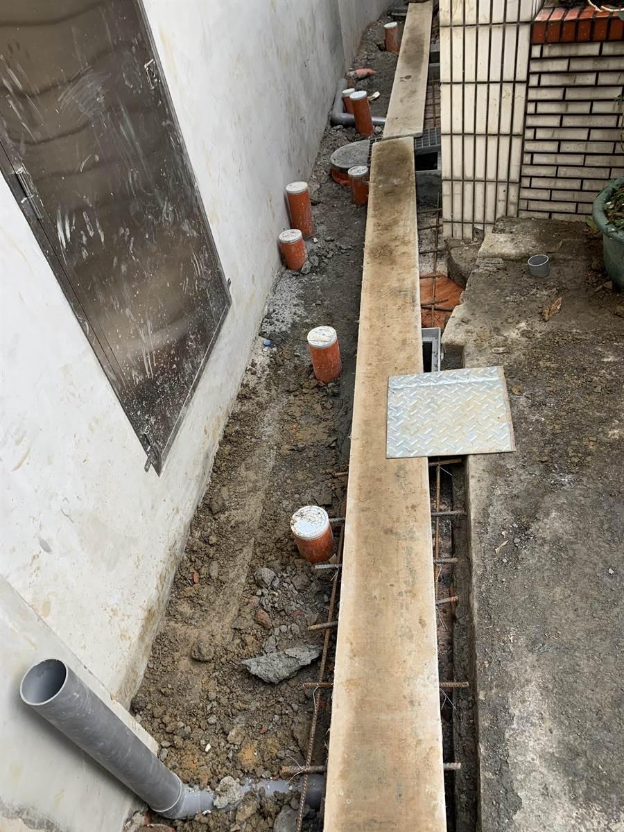元旦起,集合式住宅內部,雨水和汙水分流,可申請補助,最高為2萬元,創全國之先。(水務局提供/甘嘉雯桃園傳真)