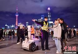 上海跨年夜 外灘遊客超過42萬人次