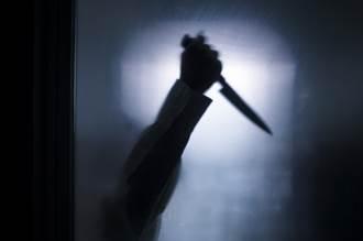 人妻將小王帶回家跨年 綠光夫突返家床上砍人