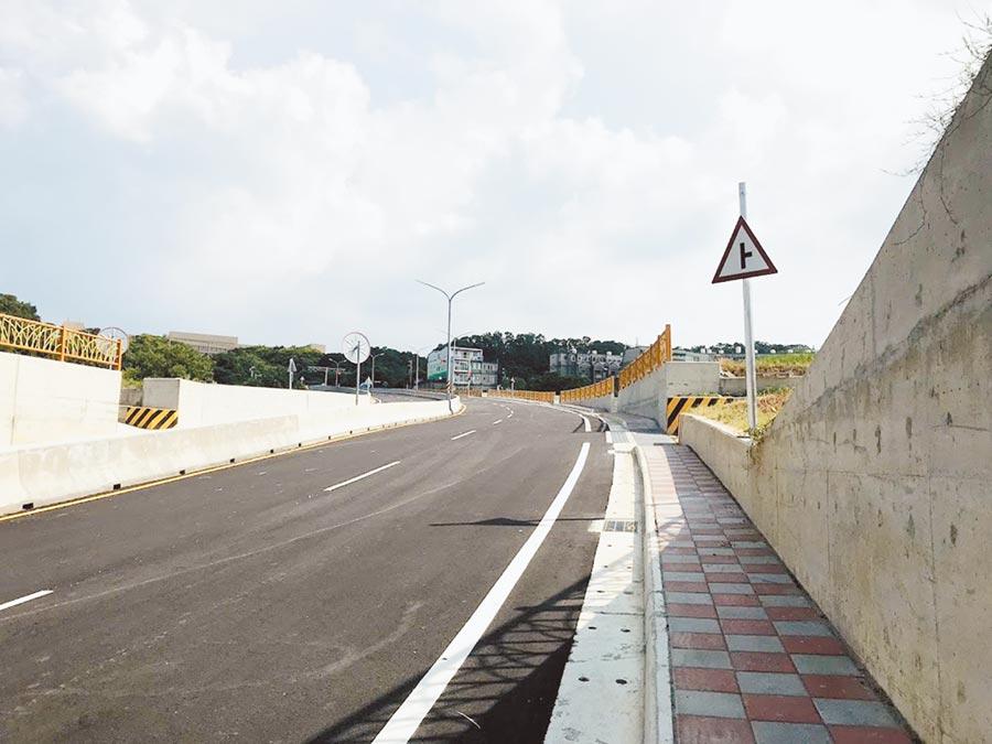 直通工研院的道路2019年9月完工,也是縣長楊文科任內重大交通建設之一。(莊旻靜攝)