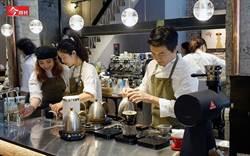 台灣人年喝131杯  寫下800億「黑金」傳奇