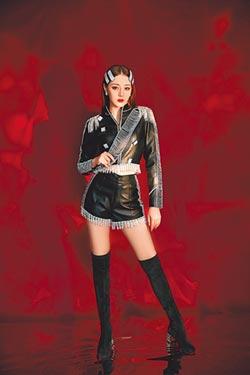 Angelababy跨年扮仙女