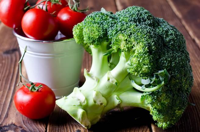 花椰菜是三高患者或健身一族的三餐好夥伴。(圖/Shutterstock)