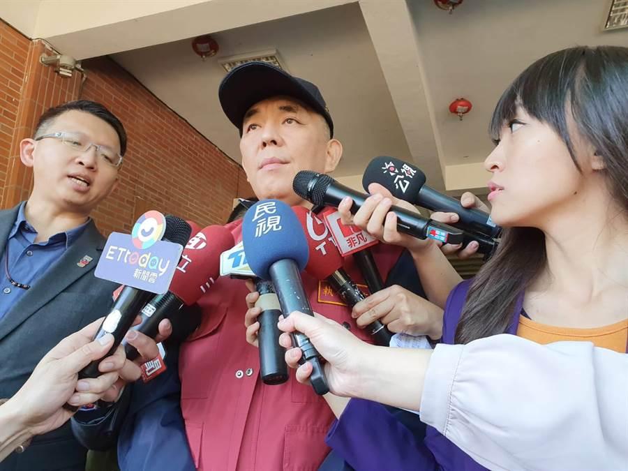 新北市消防局長黃德清強調,失聯人數是否有變更,由國防部統一說明,目前已派出121名搜救人員。(葉書宏攝)