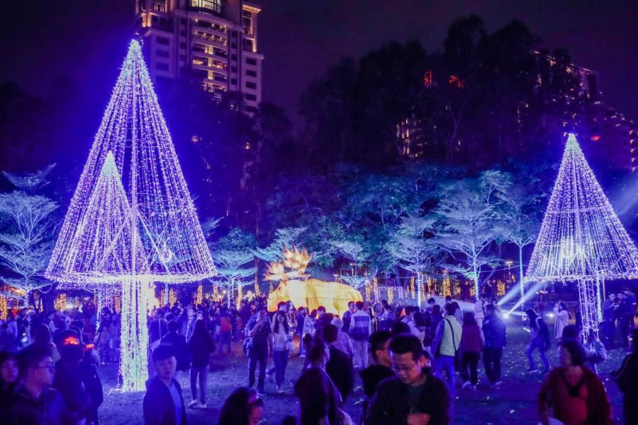 台灣燈會副展區引爆熱潮,短短10天參觀人次突破上百萬。(陳世宗攝)