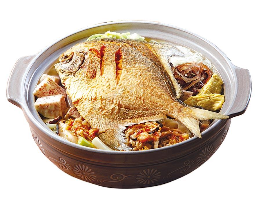 遠百年菜預購冠軍「鼎泰豐」豐腴白鯧鍋,每份1390元。(遠百提供)