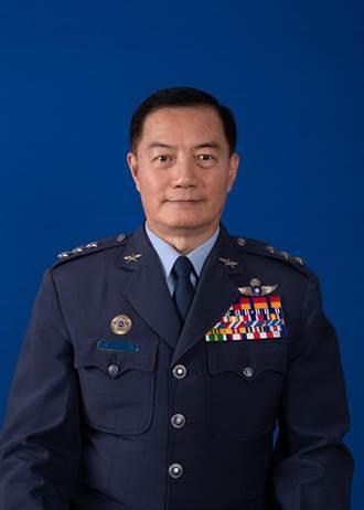 國防部:黑鷹殉職8將士獲總統追晉一階 韓正宏獲頒雲麾勳章