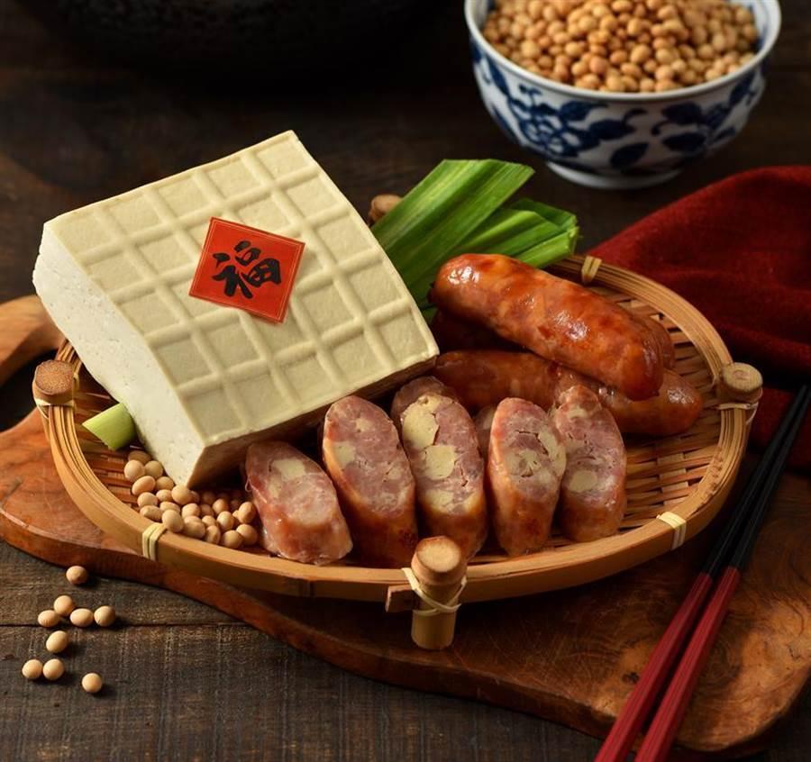 瞄準春節送禮商機,黑橋牌推「豆腐香腸」新品,象徵幸福、祈福的祝賀之意。(圖/業者提供)