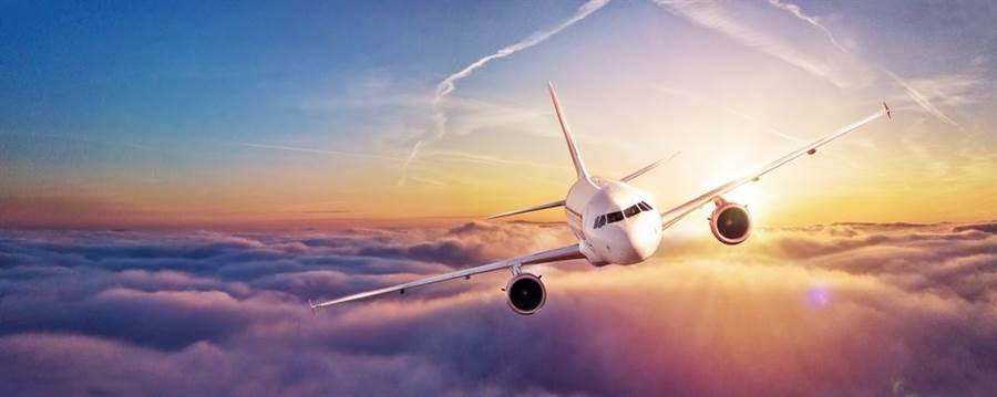 國際航空專業評鑑網站「AirlineRatings.com」2日公布2020年全球20家最安全航空公司排名,澳洲航空公司蟬聯第一,長榮航空榮登第3名。(示意圖/Shutterstock)