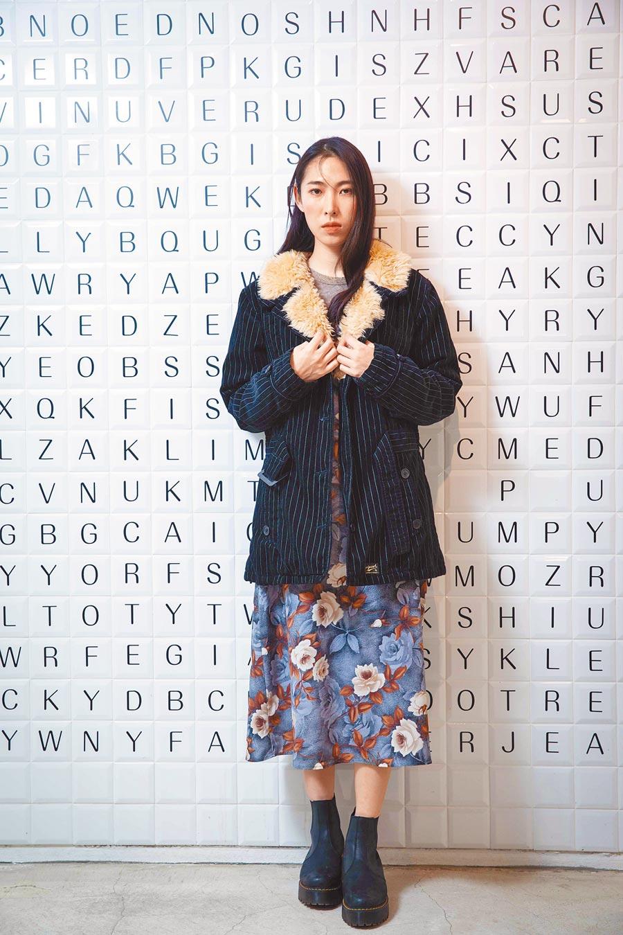 王若琳發行新翻唱專輯《愛的呼喚》。(石智中攝)
