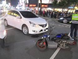 中市逢甲商圈車禍汽機車碰撞,機車騎士受傷