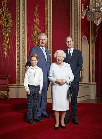 英王室四代同堂最新合照 喬治小王子終於長大了