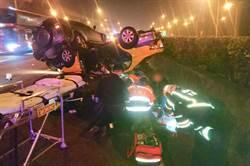 國1北上65.2K二車相撞交疊 高齡99歲婦人死亡