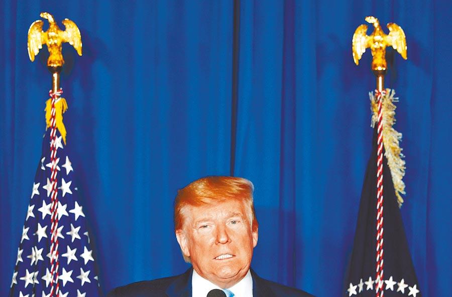 美軍出動無人機「斬首」伊朗革命衛隊「聖城旅」司令蘇萊馬尼後,美國總統川普3日首度就此發表電視談話。(路透)