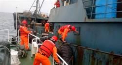 防不明肺炎 海巡扣陸運油船急檢疫消毒