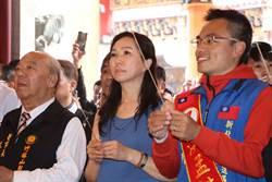 李佳芬參拜總統廟 感性喊話有信心贏