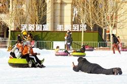 冰雪嘉年華 五大道夜間能玩雪啦