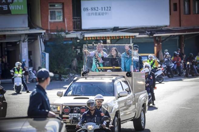 倒數5天 蔡英文自屏東啟動全台車隊掃街