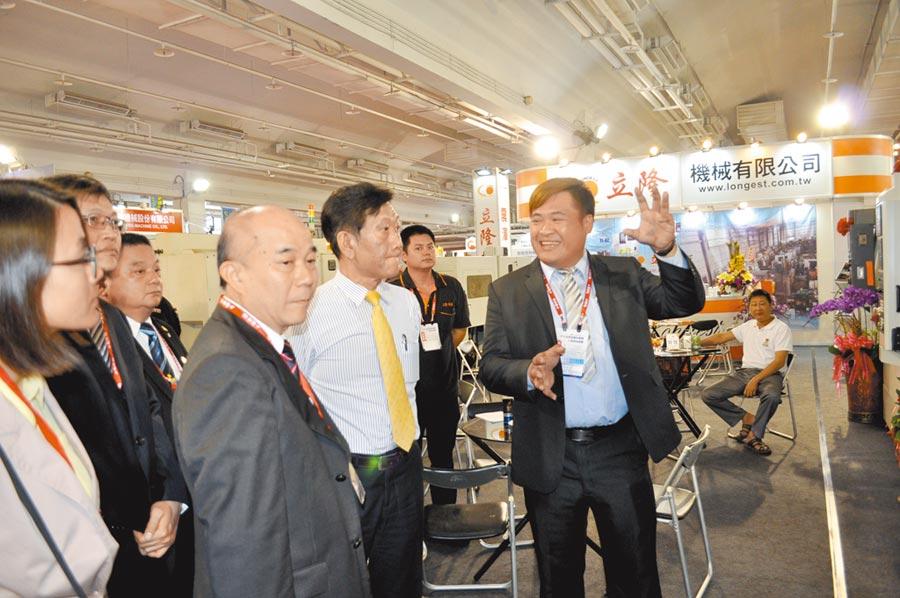 已成為台南地區機械業盛事的工商時報台南自動化機械暨智慧製造展,每次展出各參展廠商都卯足全力尋求最大效益。圖/郭文正