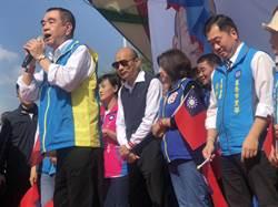 韓在「夜襲」歌聲中步入團結大會  現場萬人轟動